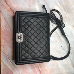 CHANEL Bags - Boy Flap Bag Quilted Lambskin Large
